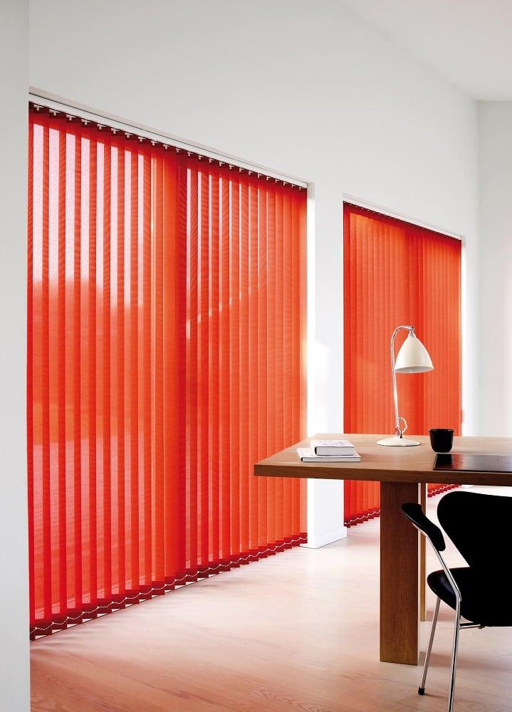 Lamellenanlage in Rot